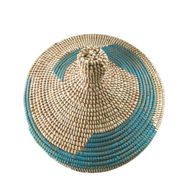 """Basket W/ Lid Senegal West Africa 14.5"""" H For Sale - Image 4 of 6"""