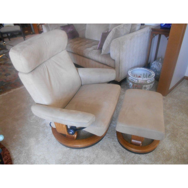 Tan Ekornes Stressless Taurus Recliner & Ottoman For Sale - Image 8 of 8