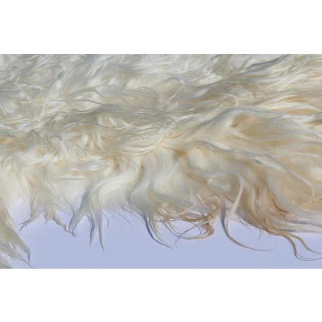 Contemporary Contemporary Icelandic Sheepskin Shade of White Rug Throw For Sale - Image 3 of 9