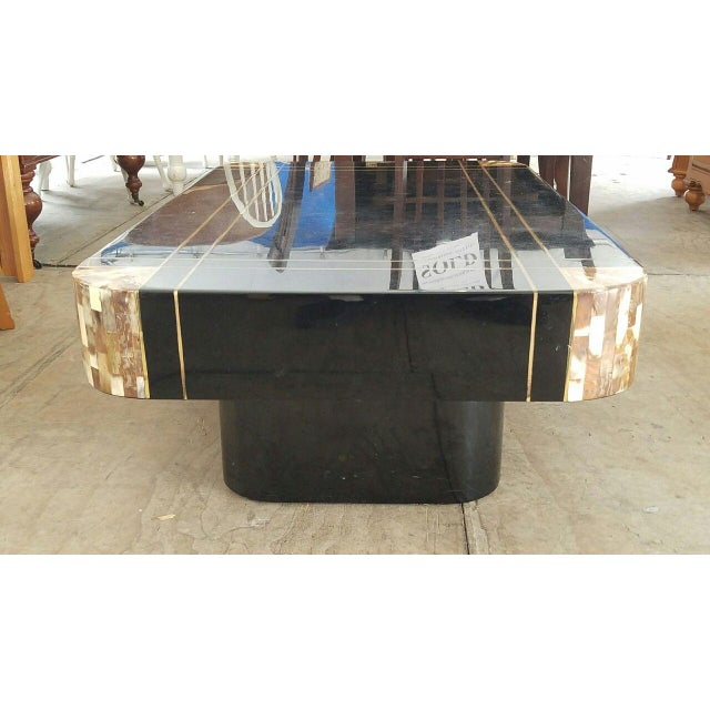 1950s Mid-Century Black Lacquer Inlaid Brass and Tessellated Horn Coffee Table For Sale - Image 5 of 10