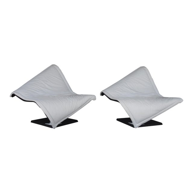 Flying Carpet White Leather Chairs by Simon Desanta for Rosenthal For Sale