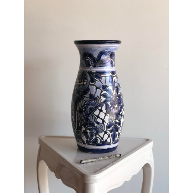 Hand-Painted Mexican Blue & White Vase For Sale - Image 4 of 4