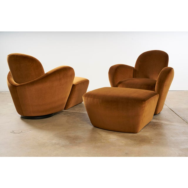 Late 20th Century Uncommon Vladimir Kagan Swivel Chairs With Matching Ottomans For Sale - Image 5 of 7