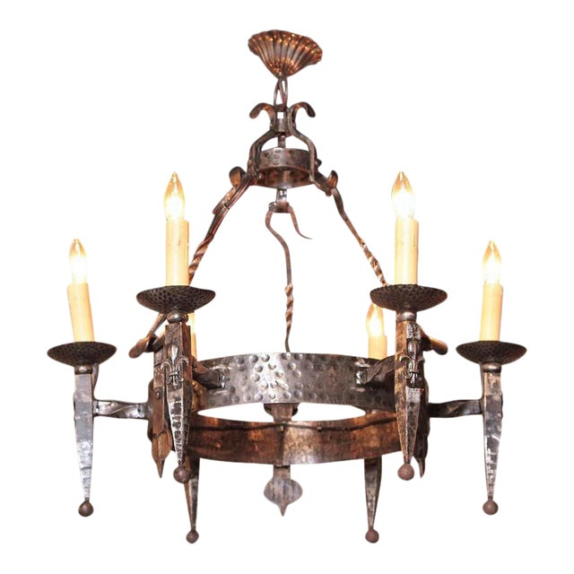Early 20th Century French Wrought Iron Six-Light Chandelier With Fleur-De-Lys For Sale