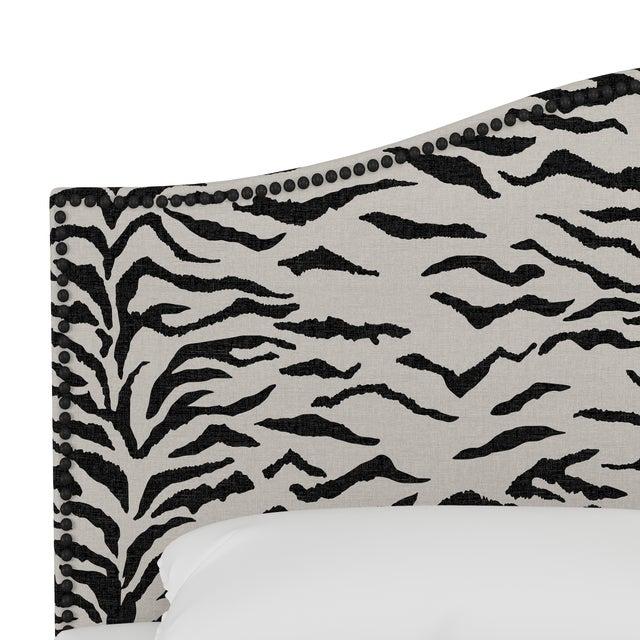 Transitional Queen Bed, Linen Zebra Cream Black For Sale - Image 3 of 6