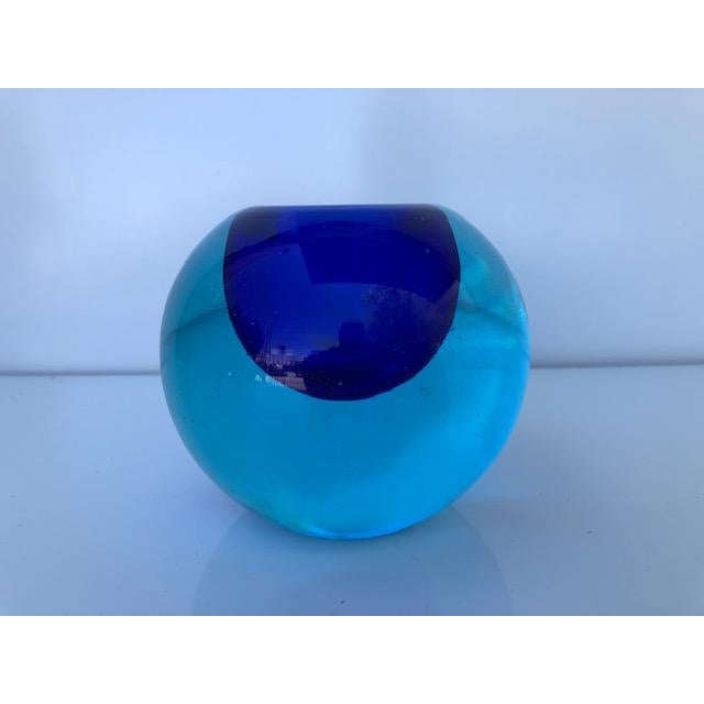 Mid-Century Modern Blue Glass Sommerso Paper Weight Attributed to Flavio Poli For Sale - Image 3 of 8