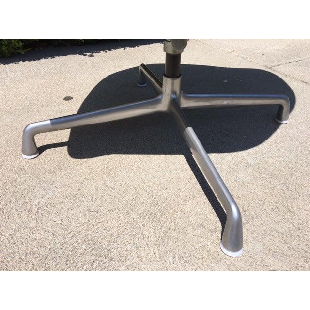 Eames Ec-178 Swivel Tilt Chair - Image 5 of 6