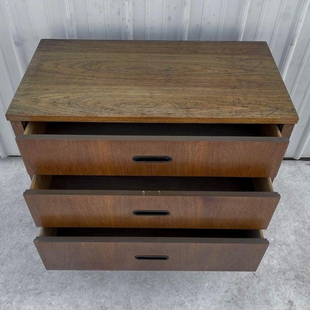 Mid-Century Modern Three Drawer Dresser For Sale - Image 4 of 10