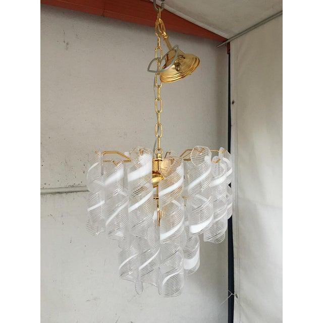 "Contemporary Vintage Murano Glass ""Spirale"" Chandelier For Sale - Image 12 of 12"