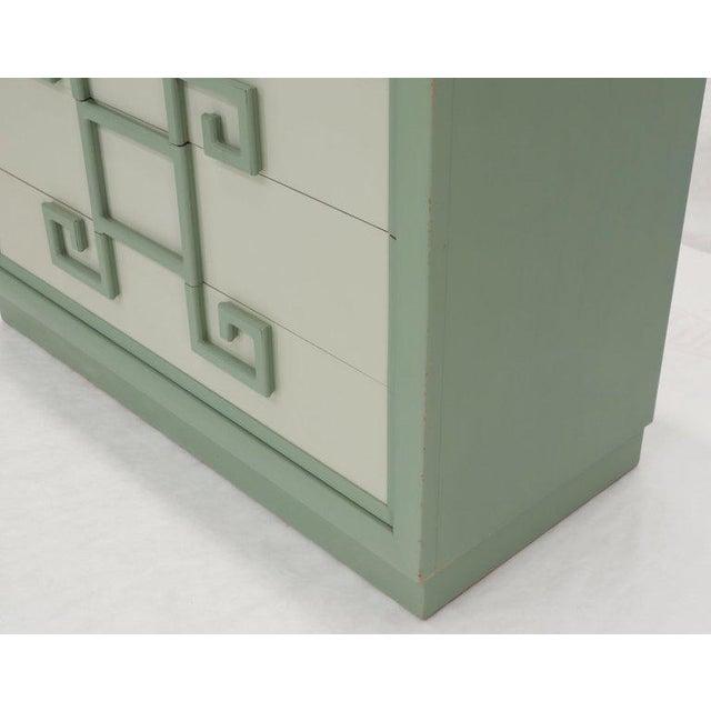 Kittinger Mandarin Style Bachelor Chest Dresser Blue and White Lacquer For Sale - Image 6 of 12