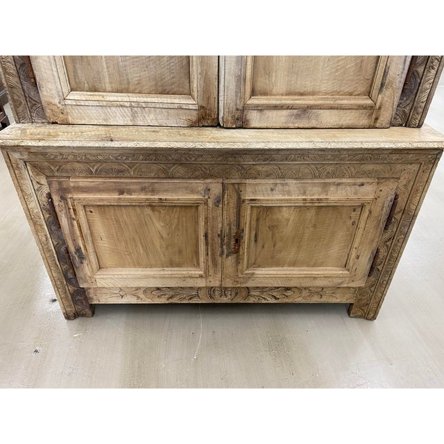 French Country 18th Century French Louis XIII Bleached Buffet à Deux Corps For Sale - Image 3 of 12