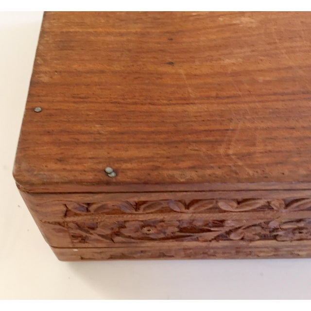 Early 20th Century Anglo Raj Hand-Carved Wooden Decorative Jewelry Box For Sale - Image 12 of 13