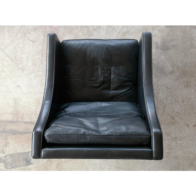 Black Borge Mogensen Model 2207 Lounge Chair in Black Leather and Teak for Fredericia For Sale - Image 8 of 9