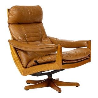1960s Danish Modern Lied Mobler Teak Reclining Swivel Lounge Chair For Sale