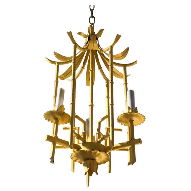 Stylish Hollywood Regency Pagoda Tole and Faux Bamboo Chandelier Pendant For Sale - Image 10 of 10