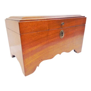 Early 20th Century Chippendale Mahogany Jewelry Box For Sale