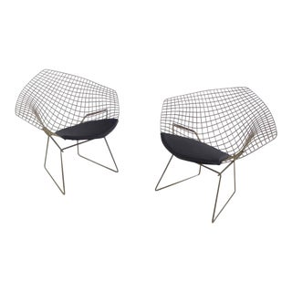 Set of Two Mid-Century Modern Diamond Chairs Designed by Harry Bertoia for Knoll For Sale