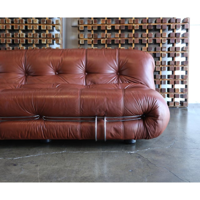 Soriana settee sofa by Afra & Tobia Scarpa for Cassina, circa 1975. Original leather.