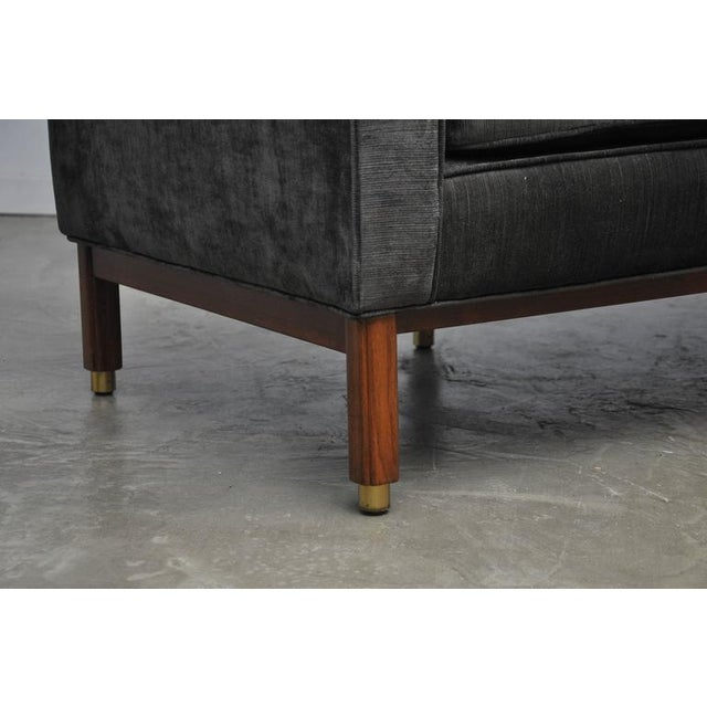 Dunbar Tete-a-tete Sofa by Edward Wormley - Image 6 of 7