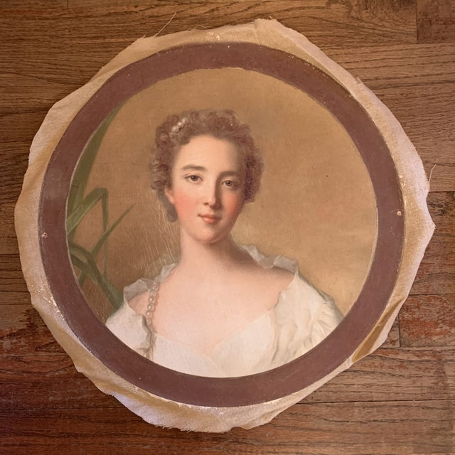 Antique Style Round Portraits of a Gentleman and Lady on Canvas - Set of 2 For Sale - Image 4 of 13
