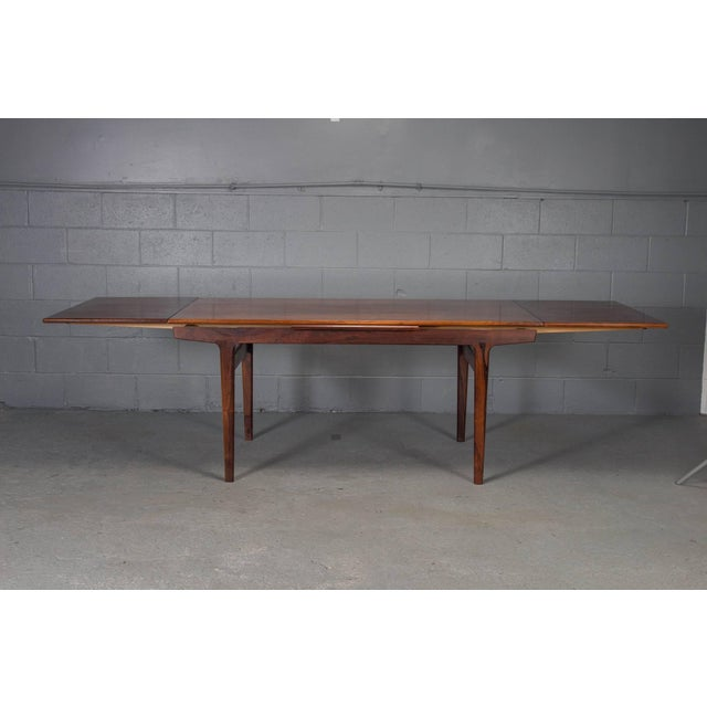 Mid 20th Century Danish Modern Rosewood Extension Dining Table For Sale - Image 5 of 11