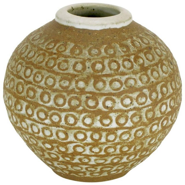 Relief Patterned Earthen Pottery Vase by Tomiya Matsuda - Image 8 of 8
