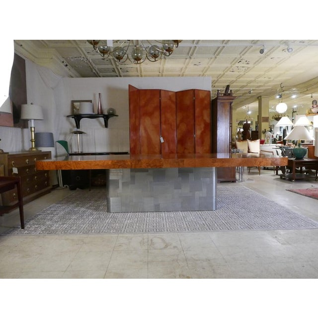 """Monumental Signed Paul Evans Burled & Chrome """"Cityscape"""" Extension Dining Table For Sale In New York - Image 6 of 13"""