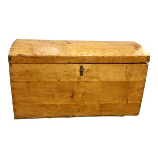 Late 19th Century Antique Pine Wood Dome Top Trunk For Sale