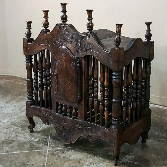 19th Century Country French Provincial Pannetiere For Sale - Image 4 of 12