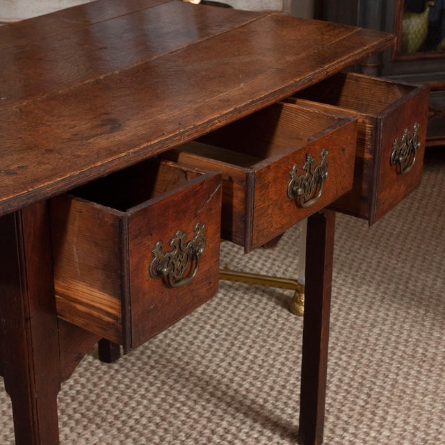 Wood 18th Century English Oak Side Table For Sale - Image 7 of 10