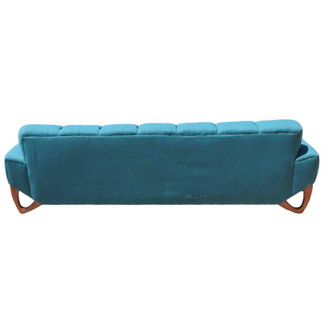 Mid-Century Modern Sofa in the Manner of Adrian Pearsall For Sale - Image 4 of 8