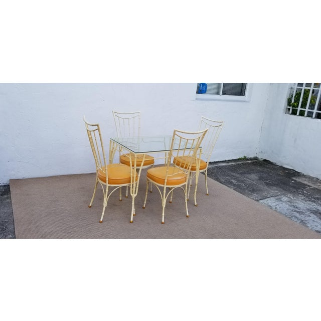 Hollywood Regency 1960s Vintage Brown Jordan Style Faux Bamboo Aluminum Outdoor Dining- Set of 5 For Sale - Image 3 of 13