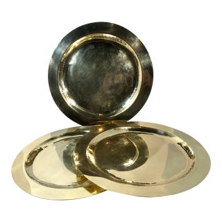 Vintage Solid Brass Serving Trays Hand Crafted / Hammered Chargers - Set of 3 For Sale