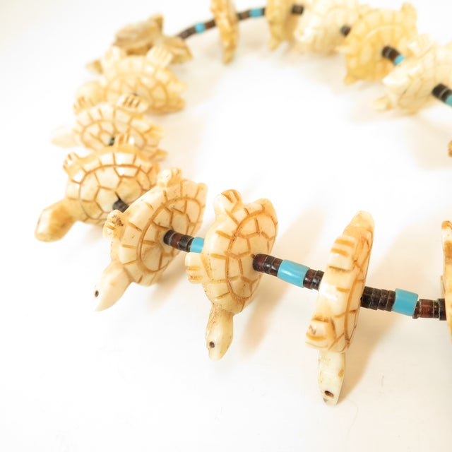 Native American Zuni Hand-Carved Bone Turtle Fetish Necklace 1970s For Sale - Image 10 of 12