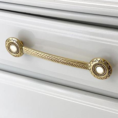 The Aztec Knob and Pull are reminiscent of the patterns popular in 13th Century Central America, a symphony of geometry...