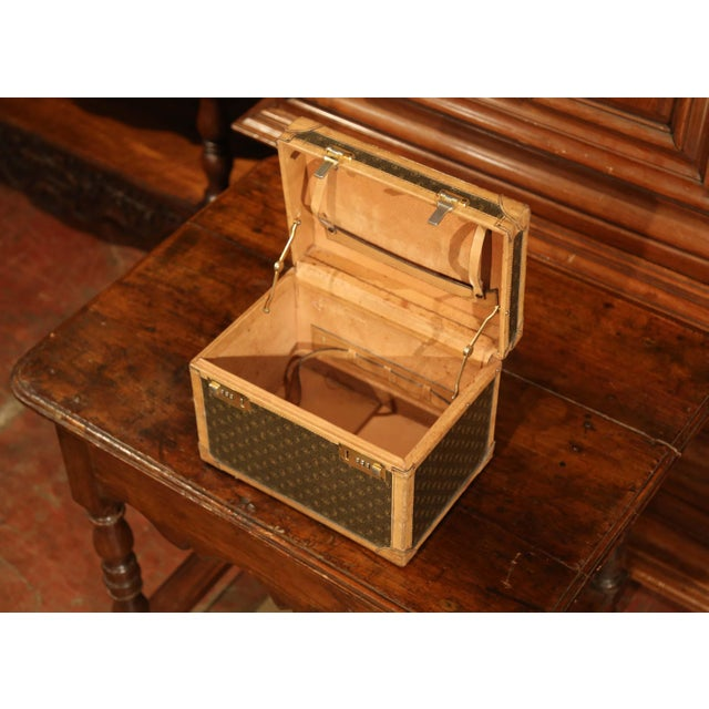 Mid 20th Century 19th Century French Leather Toiletry Box With Decorative Trim and Brass Hardware For Sale - Image 5 of 13