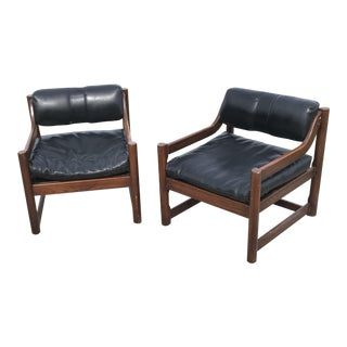 Mid-Century Modern Walnut & Viynl Lounge Chairs - a Pair For Sale