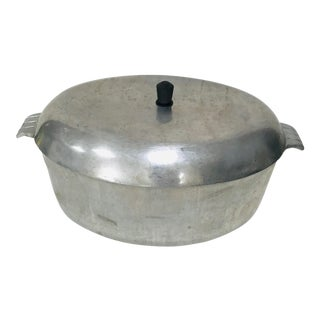 "Art Deco ""BestMade"" Cast Aluminium Oval Roaster With Lid For Sale"