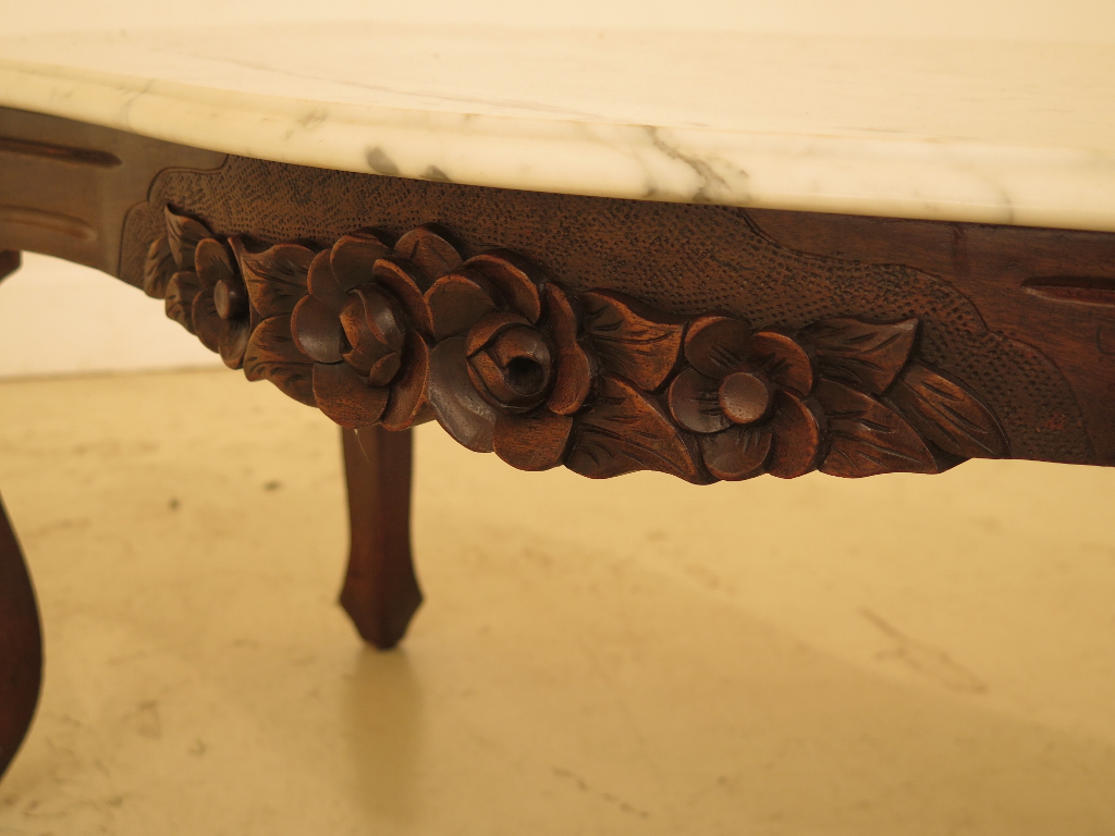 Merveilleux Victorian Style Marble Top Coffee Table With Mahogany Base For Sale   Image  4 Of 12