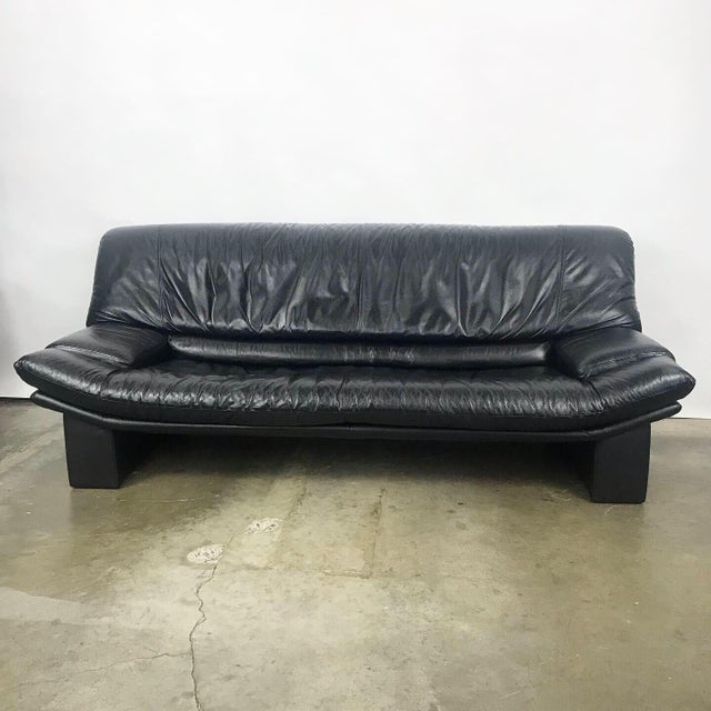 Italian Black Leather Sofa by Nicoletti Salotti For Sale - Image 11 of 11
