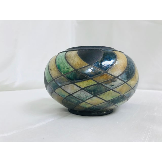 """Beautiful luster & matte pottery table vase / vessel. Artisan made, incised makers mark """"Minter""""."""