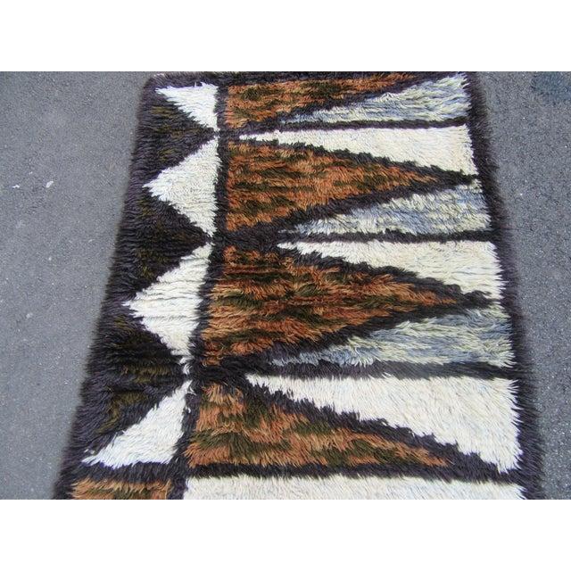 "Swedish Rya Carpet -- 3'1"" x 4'9"" - Image 6 of 10"