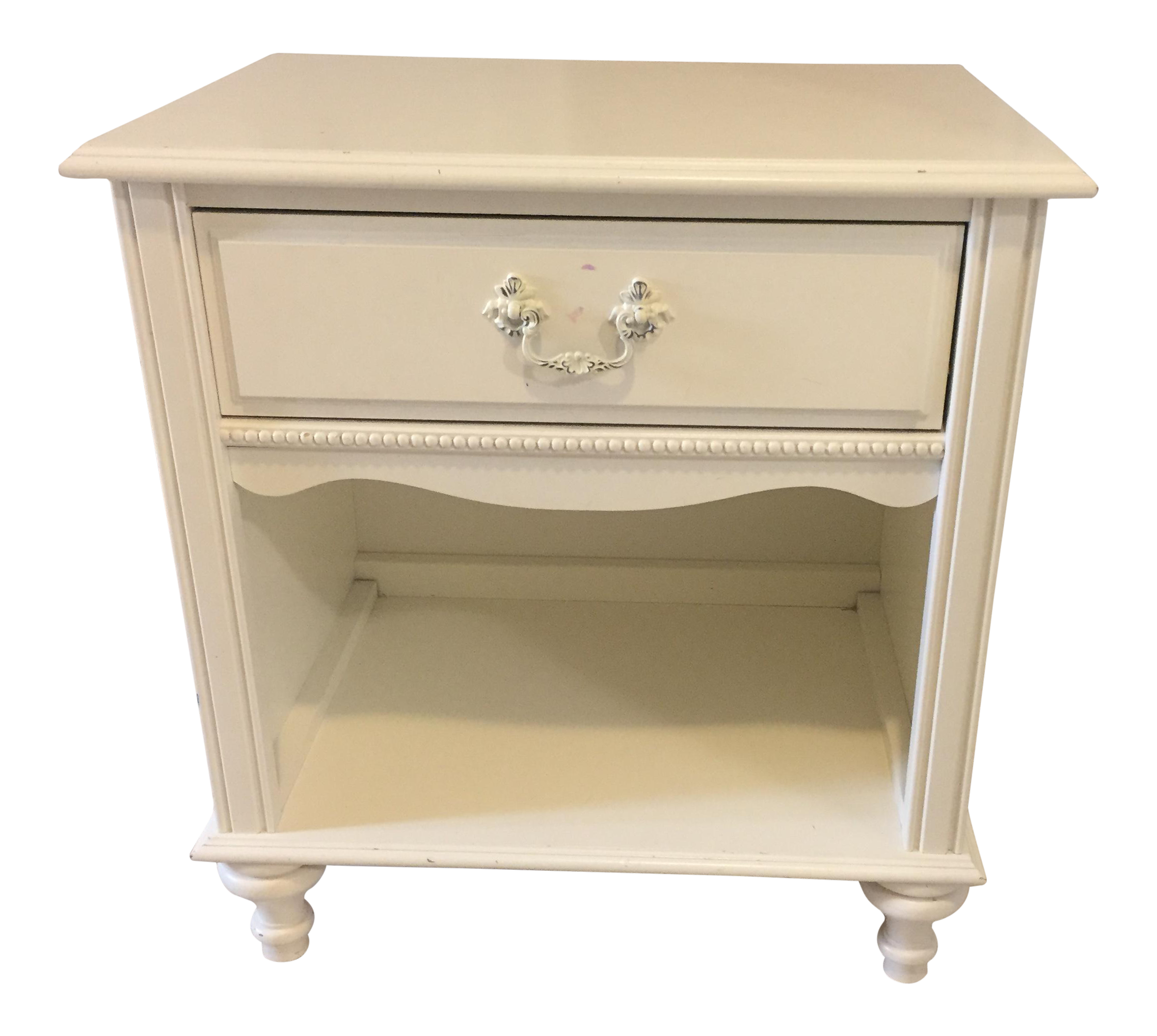 Stanley Furniture Shabby Chic Antique White Children s Side Table