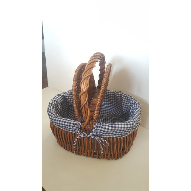 Cottage Large Blue and White Checked Picnic Basket For Sale - Image 3 of 7