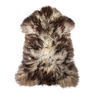 "Contemporary Handmade Wool Sheepskin Pelt Rug - 2'2""x3'2"" For Sale"