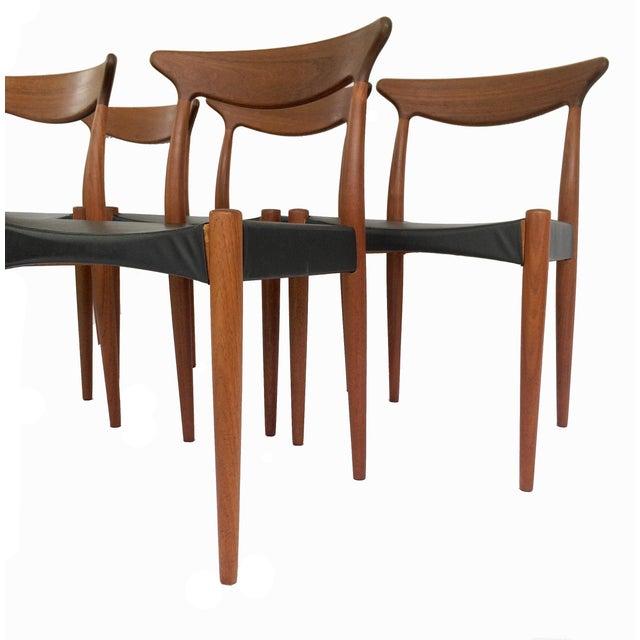 Mogens Kold Møbelfabrik 1960's Danish Mid-Century Modern Arne Hovmand-Olsen Model Mk 310 Teak Dining Chairs - Set of 6 For Sale - Image 4 of 13