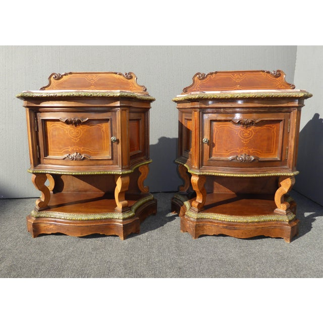 Antique French/Italian White Marble Top Nightstands - a Pair - Image 5 of 11