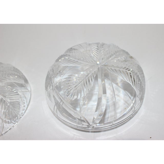 1960s Palm Tree Lidded Box Bonbonnier in Cut Crystal For Sale - Image 5 of 11