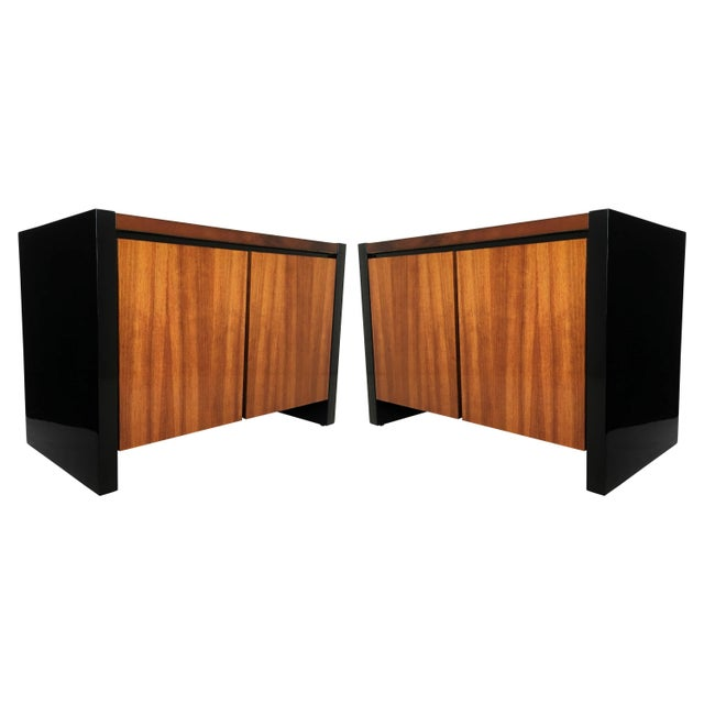 Henredon Koa Wood and Black Lacquer Nightstands or Side Tables - A Pair For Sale - Image 9 of 9