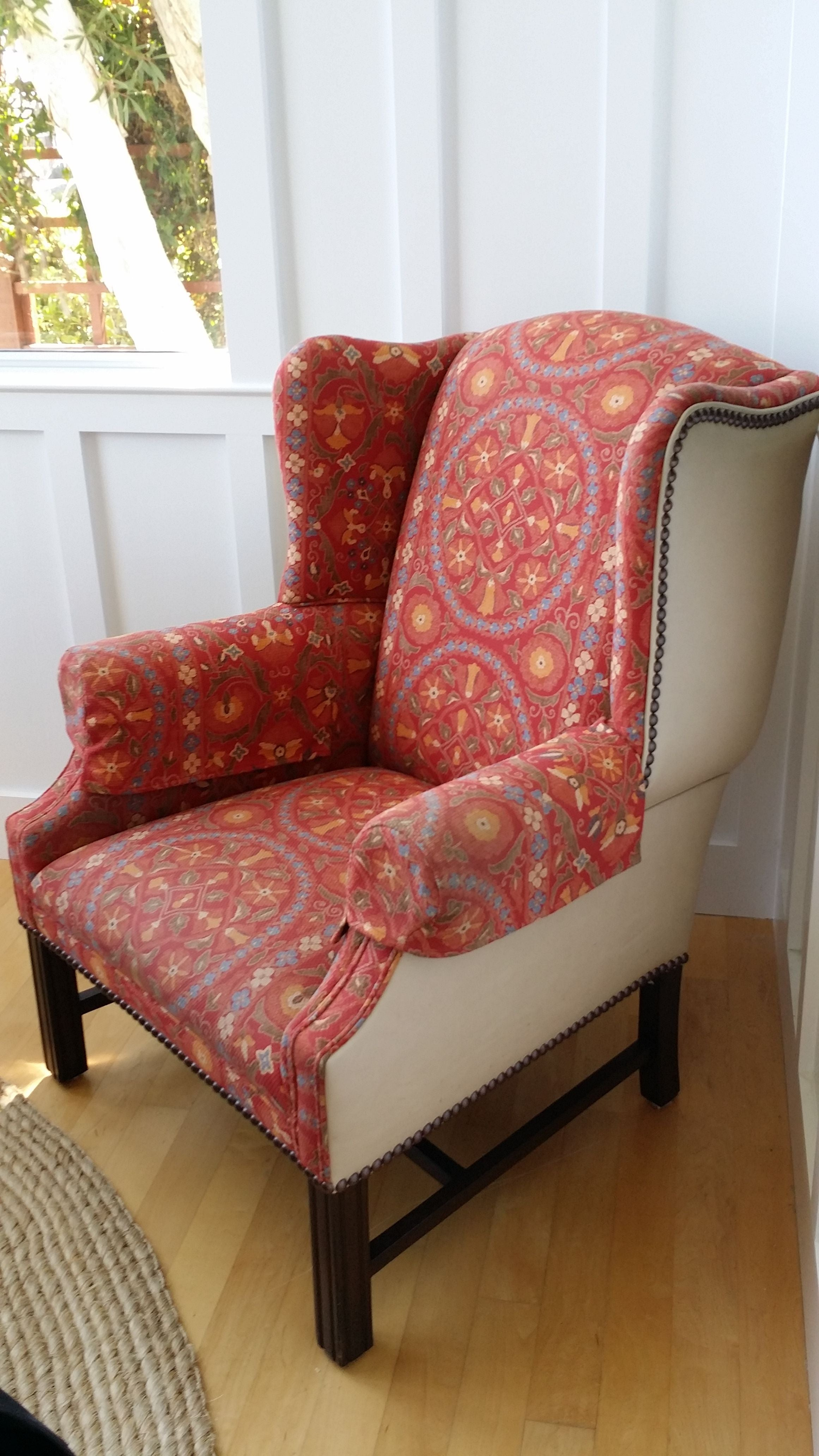 Merveilleux Coral Upholstered Wing Chair   Image 3 Of 8